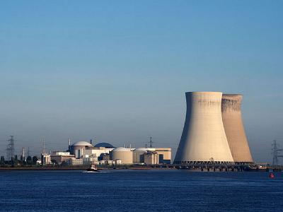 das Atomkraftwerk Doel in Belgien