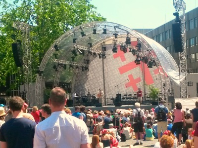 Veranstaltungsbühne des Deutschen Evangelischen Kirchentages