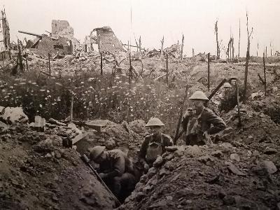 1. Weltkrieg: Britische Soldaten im Schützengraben
