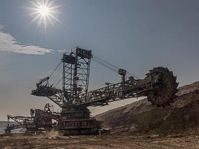 Braunkohlebagger im Tagebau