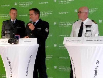 Pressekonferenz des Kirchentages mit Sicherheitskräften