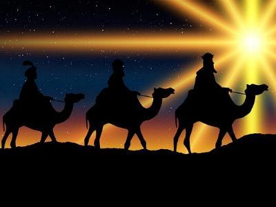 Heilige Drei Könige folgen dem Stern von Bethlehem
