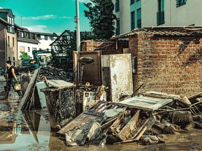 Aufräumarbeiten nach der Flutkatastrophe vom Juli 2021